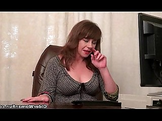 Cougar HD Mammy Mature MILF Nylon Panties Solo